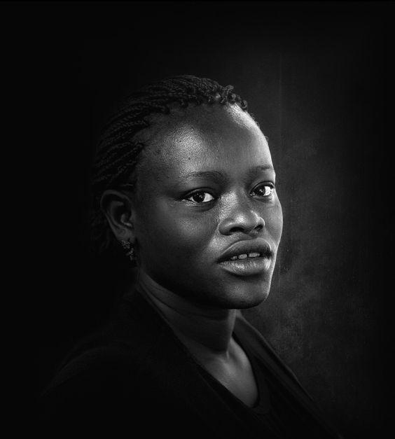 فهي لم تكن تملك، في مقابلة عالم التفاهة الّذي يحيط بها، إلا سلاحاً واحداً : الكُتب !  ميلان كونديرا  #blackandwhite #photooftheday  #people #women #alone #blackandwhite_photos #blackandwhitephotography #bnw_batavia #life #bnw_society #bnw_demand #show_us_bw #masters_in_bnw #top_bnw #love_united_bnw #instalove #bnw_just #bnw_life #Bnw_people #blackandwhitephotography #bnw_captures #bnw #bnw_batavia #life #bnw_city #bnw_street #love #chalenge  #master_in_bnw #bahrain