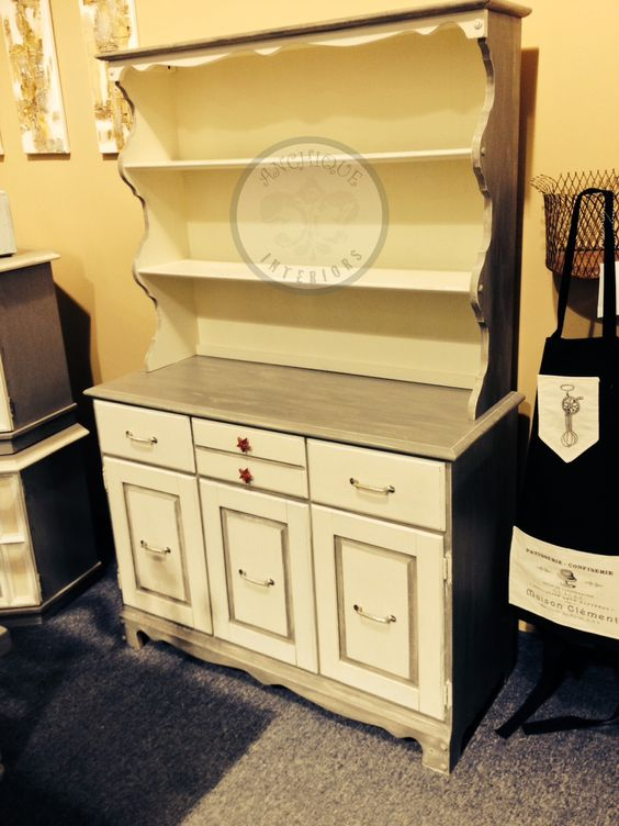 Buffet and hutch refinished in miss mustard seed 39 s linen - Mustard seed interiors ...