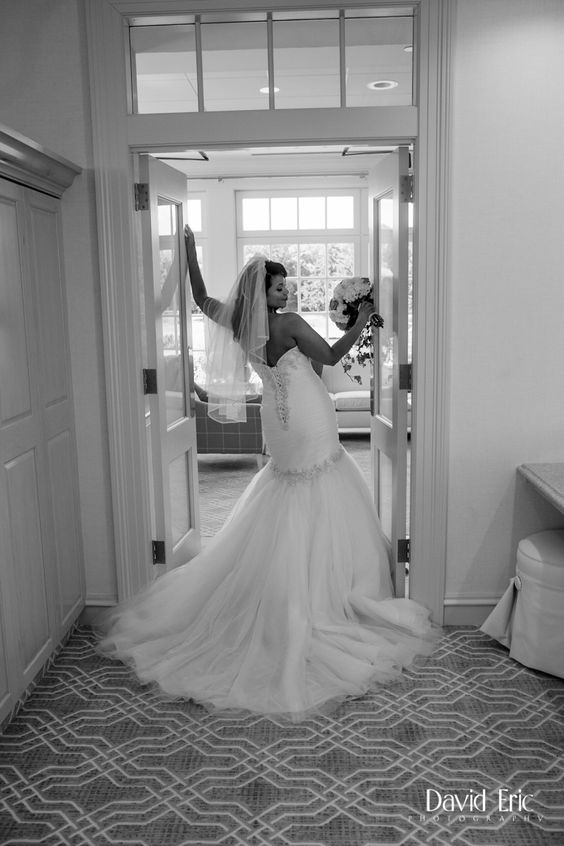 Bensinger Wedding At Burning Tree Country Club - Shot by David and Eric Phototgraphy - Bride in wedding gown