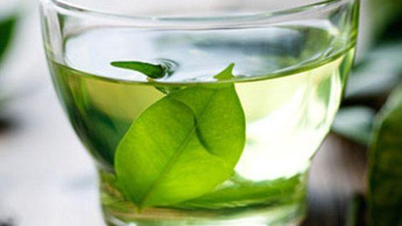 Зеленый чай может помочь в разработке новых лекарств против рака http://healthvesti.com/news/201418649/zelenyj-chaj-mozhet-pomoch-v-razrabotke-novyx-lekarstv-protiv-raka.html