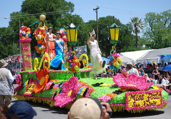 Miss Fiesta Float by Ashley3D, via Flickr: Pageantry Parades, Parade Floats, Fiesta Float, Photo