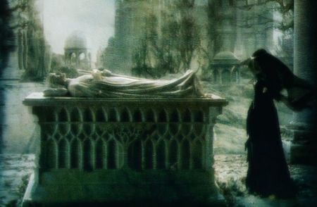 Arwen_grave