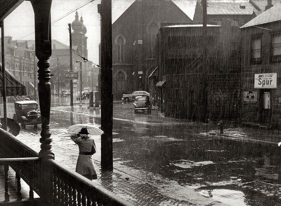 Pittsburgh, Pennsylvania. June 1941.   Photograph: John Vachon,
