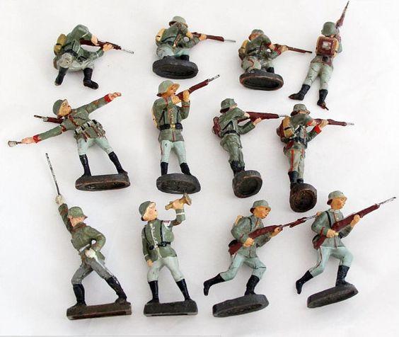 Escuadrón de infantería vintage de colección por OldPrintLoft