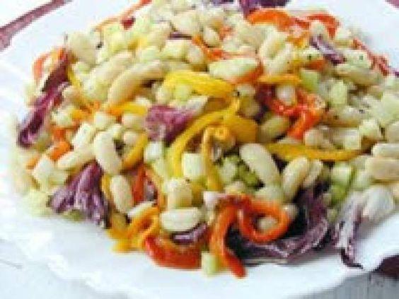 Salada de Feijão Branco com Pimentão (vegana)