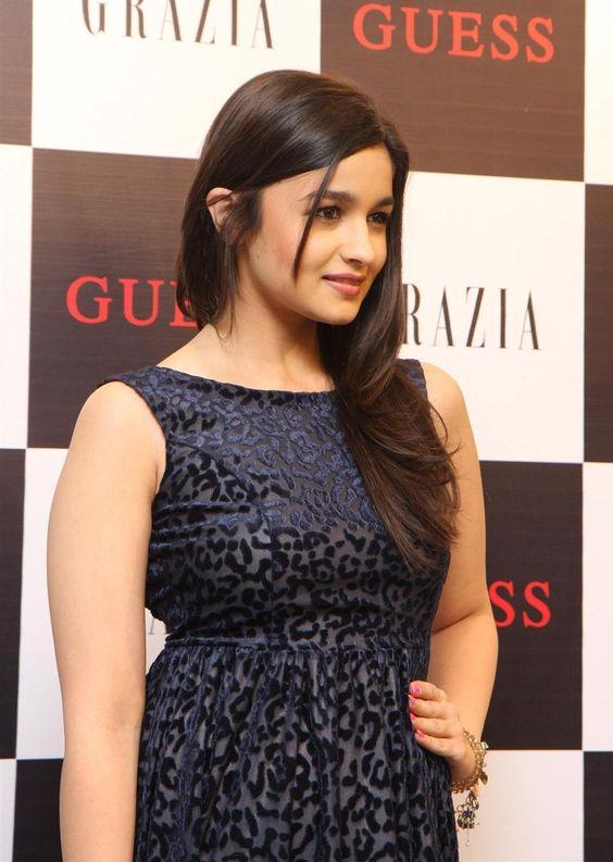 Alia Bhatt Cute Smile: