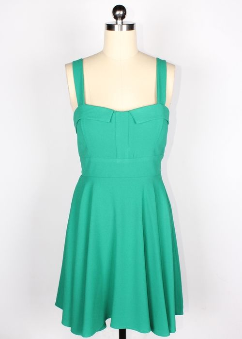 http://www.dollmeupdarling.com/first-date-dress-in-sea-green/