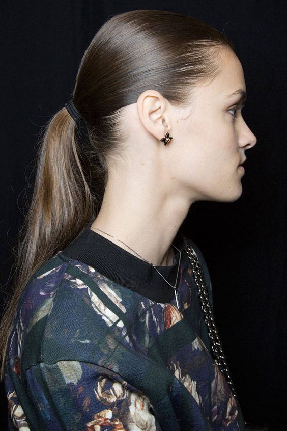 a j mendel low ponytail 205