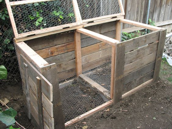 Double compost bin design and notes about how to keep it