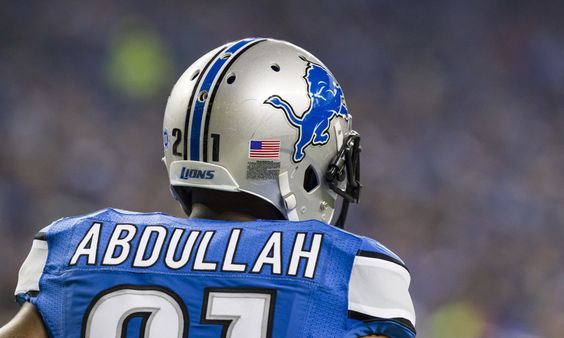 Lions fail to understand courage of Muhammad Ali = Muhammad Ali was willing to go to prison to protest an unjust war.  It seems the Detroit Lions don't quite understand that.  At a golf outing this week, Matthew Stafford and Golden Tate discussed why they are leery of.....