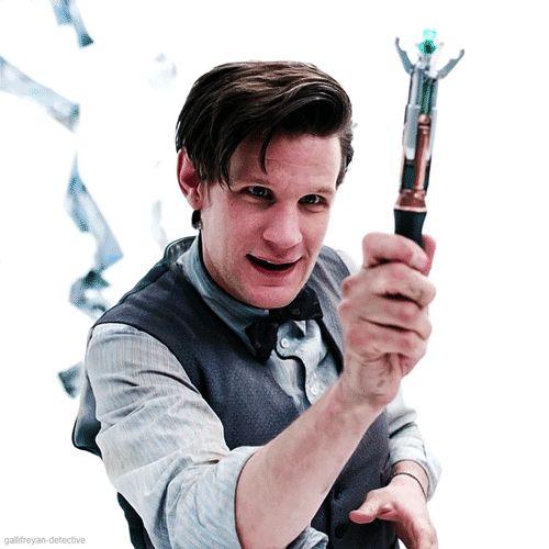 Undécimo doctor y el destornillador sónico.