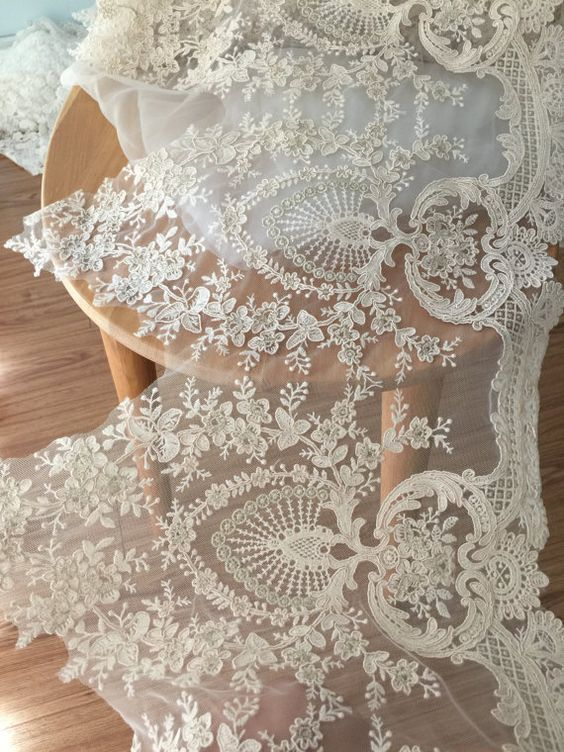 Gorgeous Alencon Lace Trim in champagne Cream with by lacetime