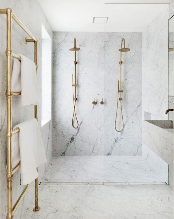 The Bold Look of Slab Marble | Our favorite interior design inspiration photos using marble in a bold way. From kitchens and bathrooms, slab marble is a timeless favorite and these the best modern uses for it. From The Identite Collective - a branding, web design and Instagram management company for interior designers #Bathroomdesign
