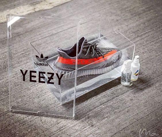 Где купить кроссовки Adidas Yeezy Boost 350 V2 Beluga