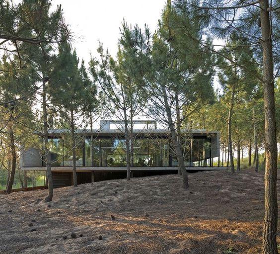 Concrete house Luciano Kruk