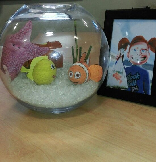 Finding nemo fish finding nemo and my little girl on for Nemo fish tank