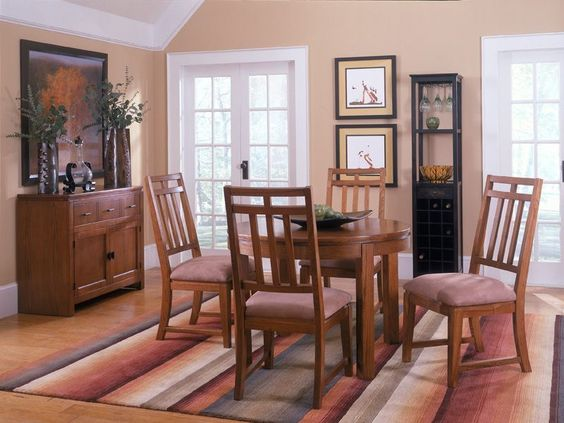 Relaxed rural dining gets a contemporary lift with the Oakbrook Round Dining Room!