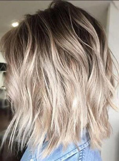 Short Light Brown Hair With Blonde Highlights Shorthair In 2020 Blonde Ombre Short Hair Short Light Brown Hair Brown To Blonde Ombre