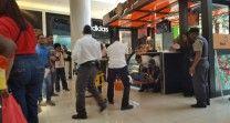 Un Hombre Se Lanza Del Cuarto Piso De La Plaza Ágora Mall