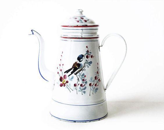 Beautiful Enamel White Coffe Pot with a Bird 250