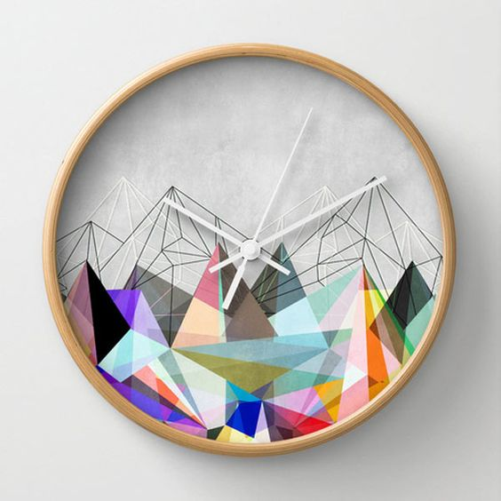 colorful-modern-graphic-mountains-clock:
