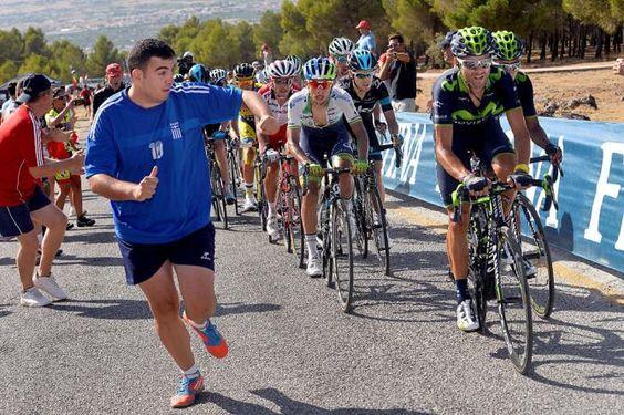 Vuelta a España 2014 - Stage 6: Benalmádena - Cumbres Verdes (La Zubia) 167.7km - Alejandro Valverde sets the pace