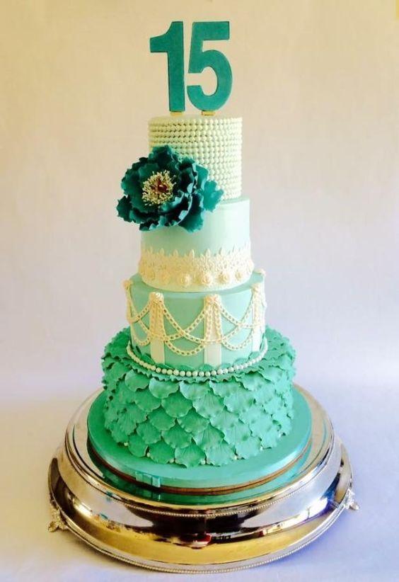 Cake Ideas For Quinceaneras : Quinceanera cake by Antonio Balbuena Cakes & Cake ...