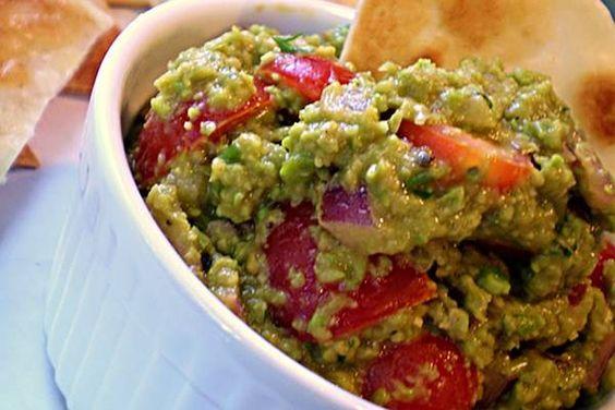 Knock-off-amole (Guacamole Made with Fresh Green Peas)