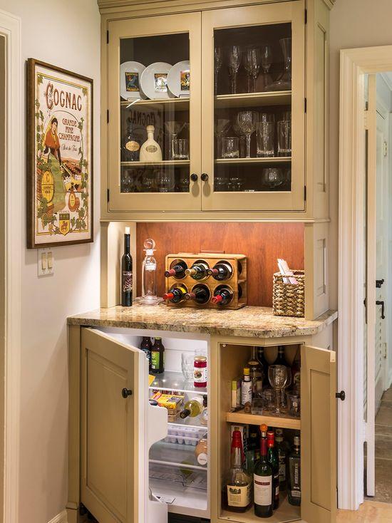 16 Cool Home Mini Bar Ideen Die Sie Fur Ihr Haus Versuchen Sollten Neuedekorationsideen Hausbar Designs Kleine Kuche Bar Kleine Hausbar