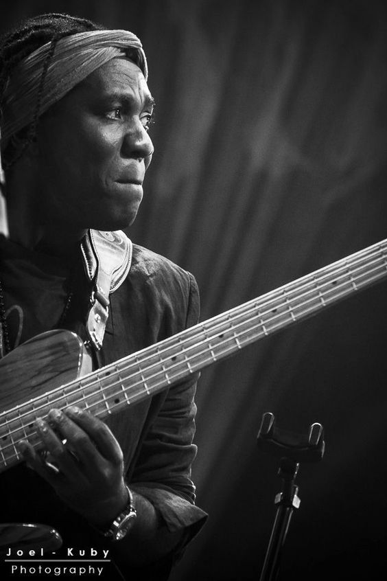 Richard Bona, by Joel Kuby