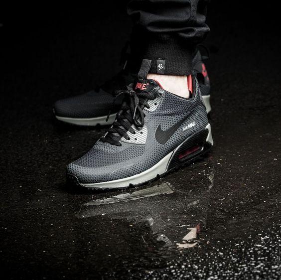 Nike Air Max 90 Shining Black Mens Running Trainers Shoes