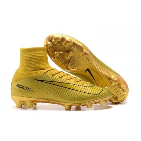 Ronaldo Cr7 Boots In 2020 Soccer Boots Nike Soccer Shoes Mercurial Football Boots
