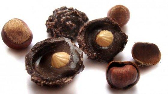 How to make Ferrero Rocher -- wonderful tutorial (in russian, turn on google translator if you need it)