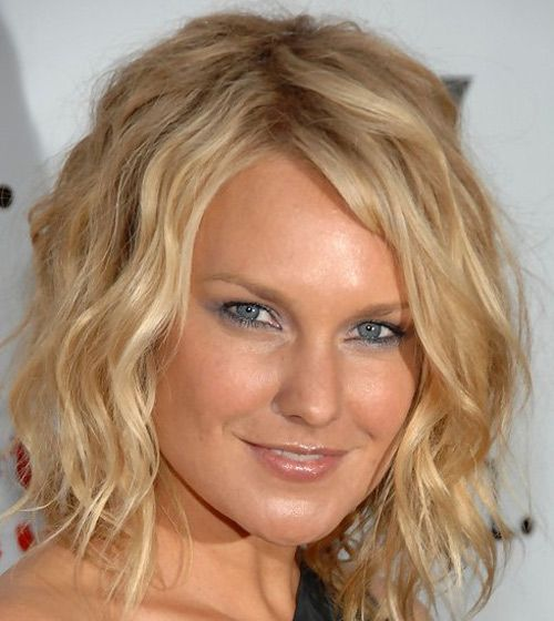 I would love to get a light perm to go with my natural wave to try to get it like this :) maybe some highlights too :)