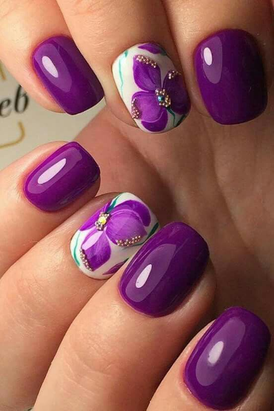 Purple flower nail art
