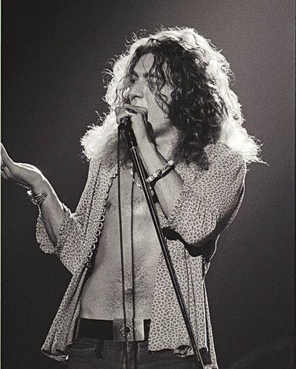 Robert Plant Young~ American Way, Celebrated Living, Nexos