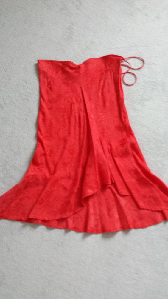 MNG rok in rood Met ruches aan voorzijde Mast 38 Zga nieuw Prijs € 29,-