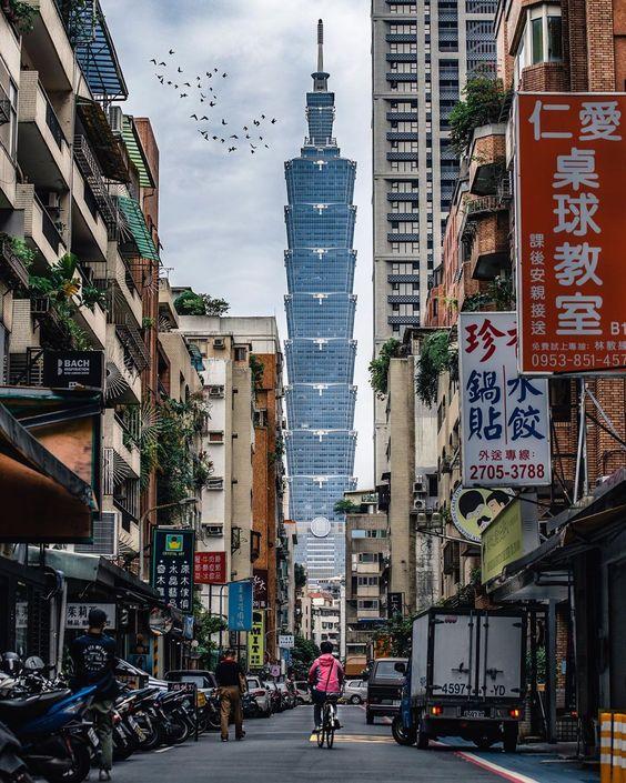 "Lilly      Kaohsiung,taiwan on Instagram: ""🏘🚴🏼♀️🏘 - Life is struggle - - - - - - #台灣 #台湾 #taiwan #taipei #bns_taiwan #theIMAGED #expofilm #gramslayer #way2ill #moodygrams…"""