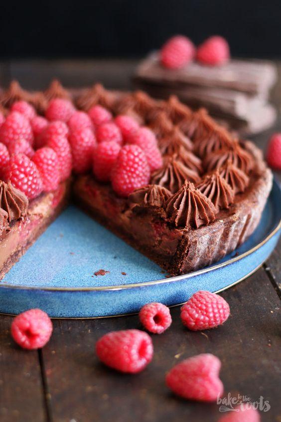 Raspberry Chocolate Tart - Kakao-Tarte mit Schokoladen-Sahne-Creme, Schokoladenganache  und Himbeereb