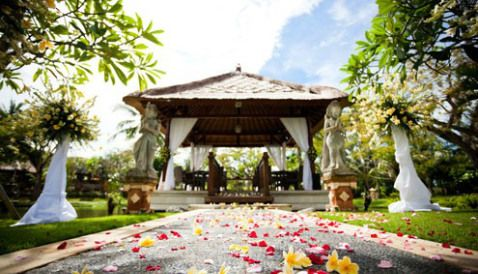 7 keys to cheap destination weddings amazing websites for Best destination weddings locations