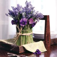 Don't make planning your wedding flowers painful. Look for fun ideas and inspiration around you and think outside the box!: Grape Hyacinth, Spring Flower, Purple Flowers, Unique Flower, Flower Arrangements, Arrangements Asparagus, Floral Arrangements, Asparagus Centerpiece, Asparagus Arrangement