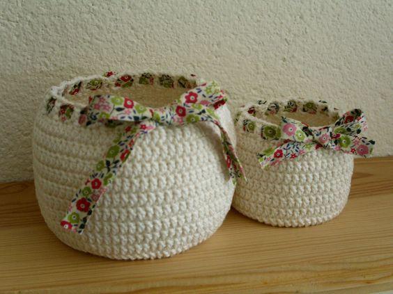 Piccoli e grandi cestini Shabby porta oggetti all'uncinetto - Il blog italiano sullo Shabby Chic e non solo: