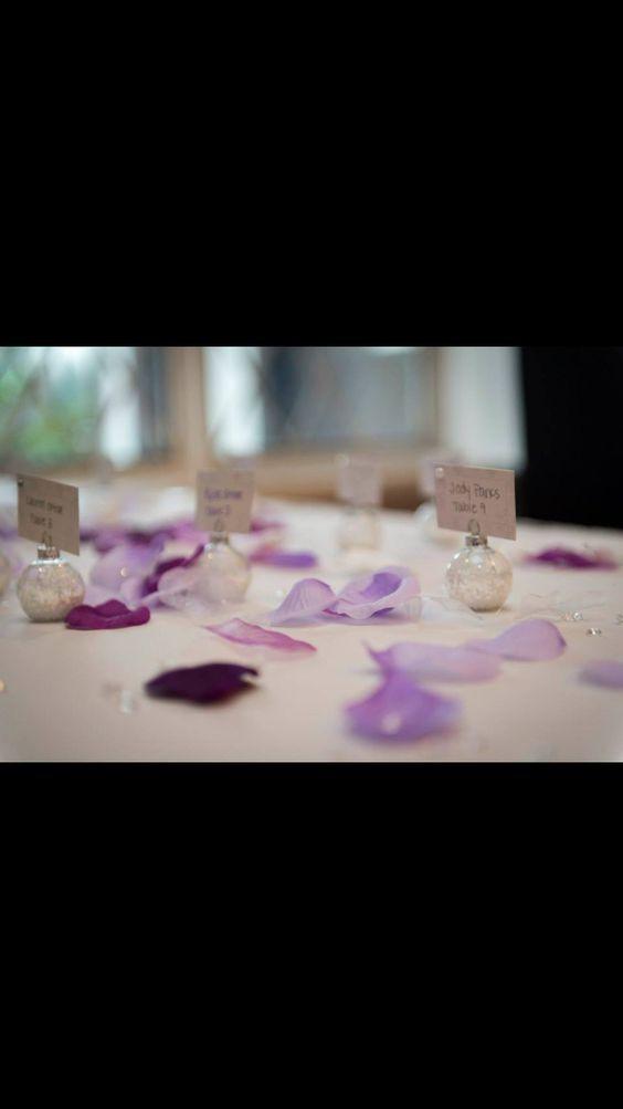Winter wedding place card idea!