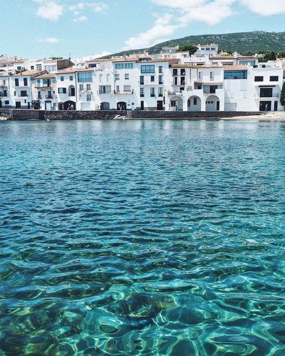 Manlul 71: Magic light in Cadaqués