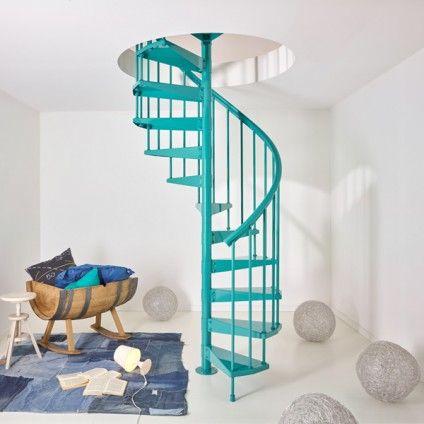 Escalera de caracol para interiores fontanot clip for Gradas decoradas