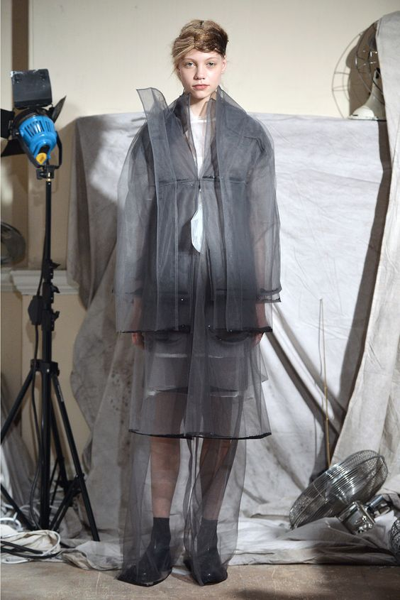 Phoebe English - Fall 2015 Ready-to-Wear - Look 12 of 14