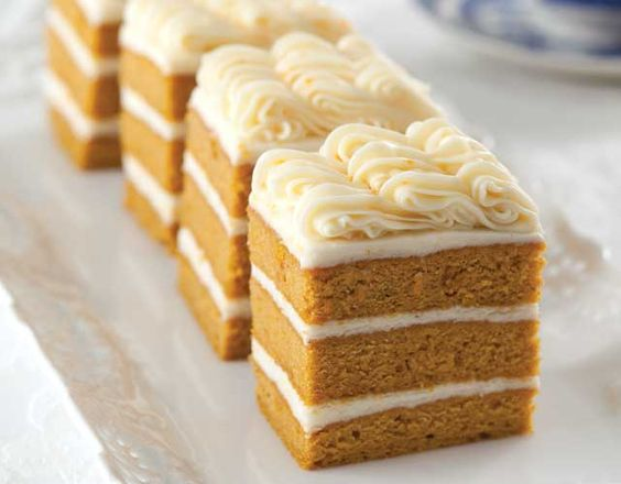 Pumpkin cakes, Pumpkins and Frostings on Pinterest