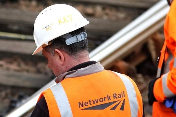 Network Rail in record £53m fine for late trains