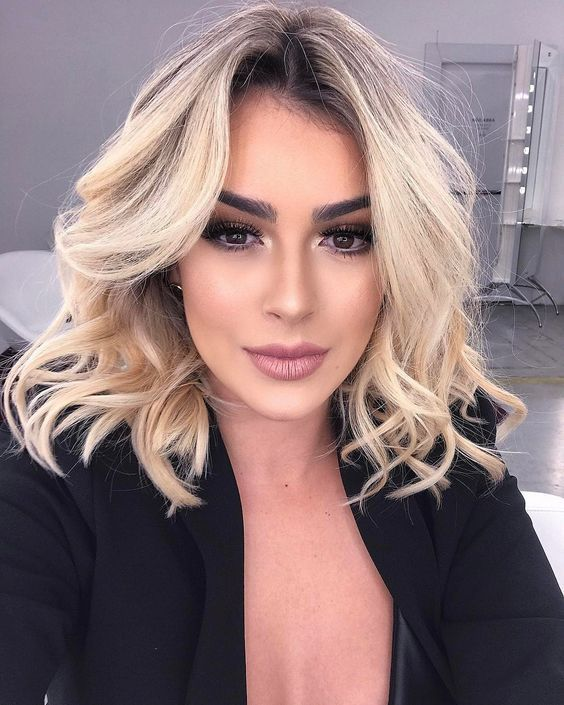 The Most Fashionable Women S Hairstyles And Haircuts For Autumn Winter 2018 2019 Autumn Fashionable Haircuts H In 2020 Hair Lengths Medium Hair Styles Hair Styles