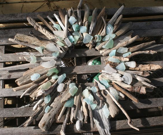 Gull Cottage Crafts - Driftwood and beach glass wreath